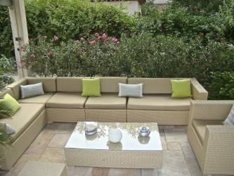 coussin d 39 exterieur r paration fauteuil marseille claude dor. Black Bedroom Furniture Sets. Home Design Ideas